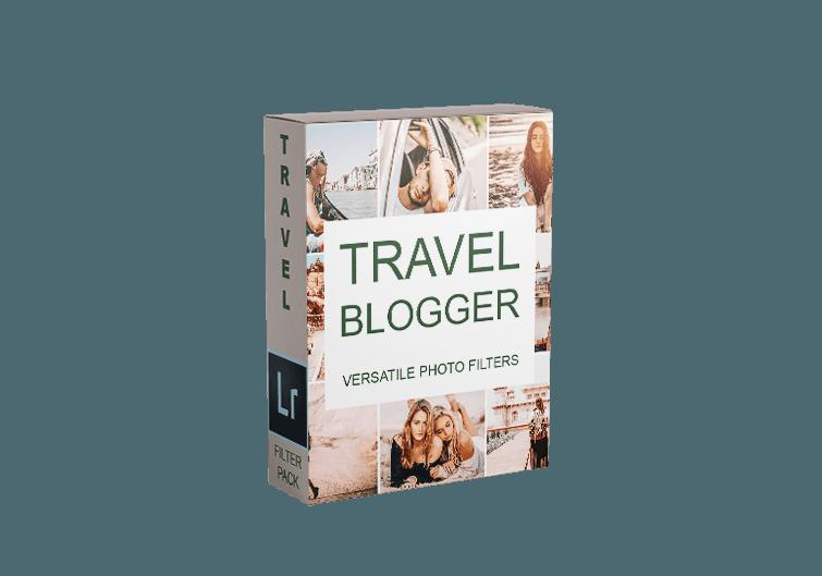 Travel-Blogger-Mockup