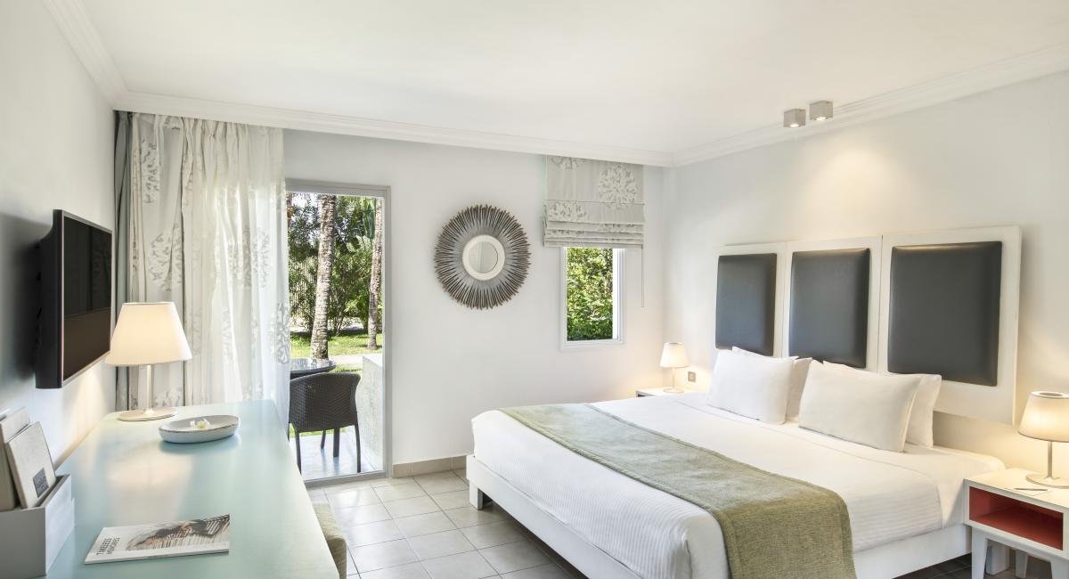 ambre-resort-and-spa-mauritius-room-interior
