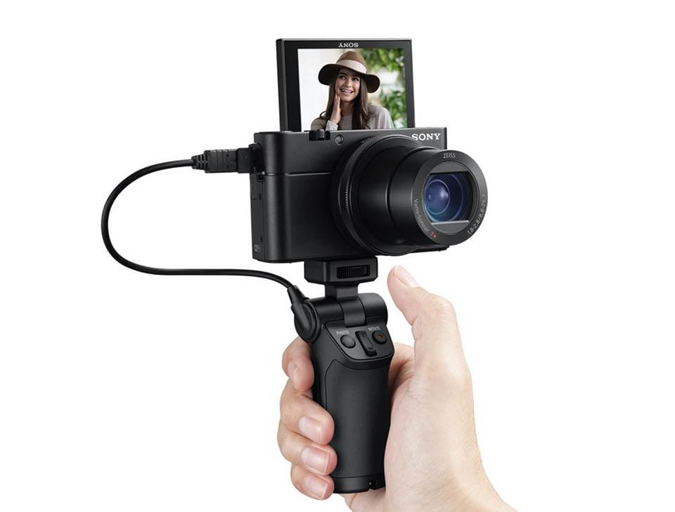 Sony_RX100-Mark-IV-vlogging-camera