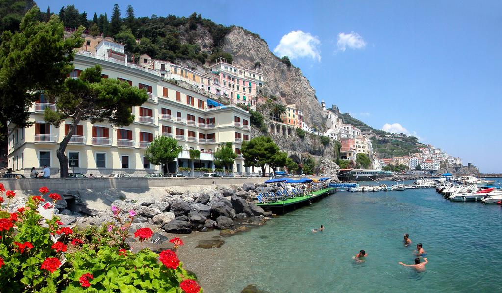 Hotel La Bussola - Hotels in Italy on Amalfi Coast